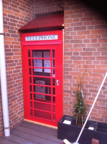 Deurposter Engelse telefooncel