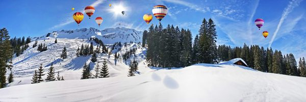 kerstdorp achtergrond ballonnen kermis