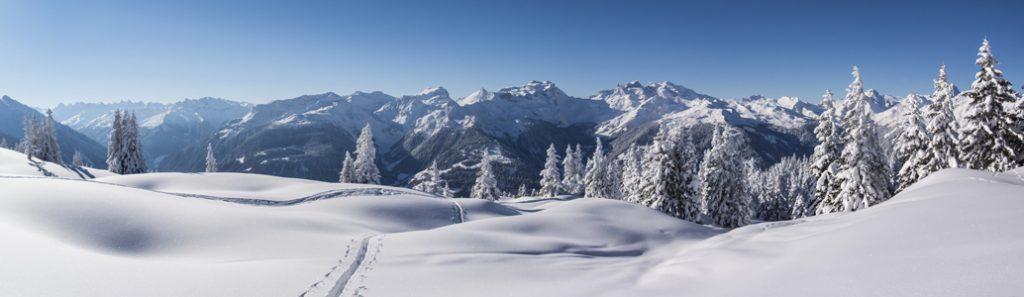achtergrond kerstdorp winterpanorama