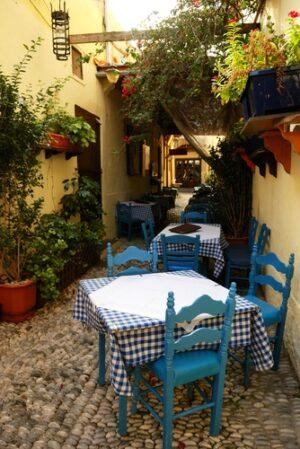 Tafeltje italiaanse binnenplaats
