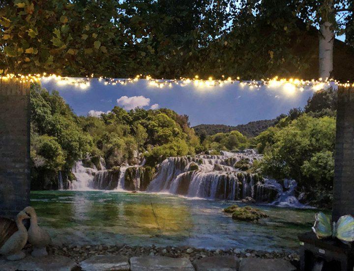 Tuinposter met lichtjes: waterval Krka