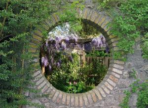 Tuinposter 110x155 cm - doorkijk met eigen foto - aluminium ophangsysteem