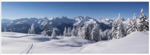 Winterlandschap achter je kerstdorp - 60x169 cm - fotopapier