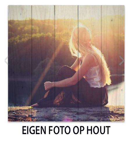 EIGEN FOTO OP HOUT