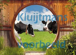 gat in de schutting koeien formaat 130x178 cm incl. ringen